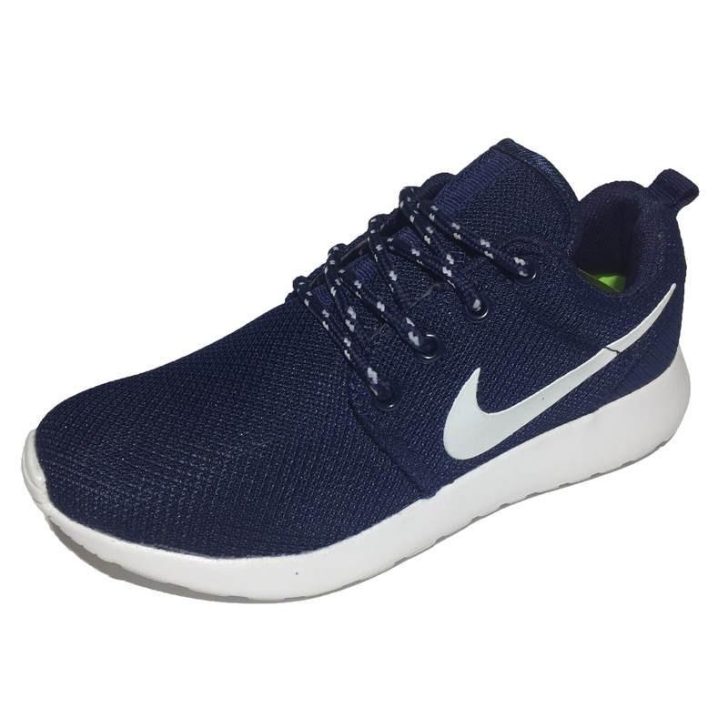9ce901a1a523 Женские кроссовки Nike Roshe Run Navy (Найк Роше Ран) сине-белые, с дышащим  сетчатым верхом